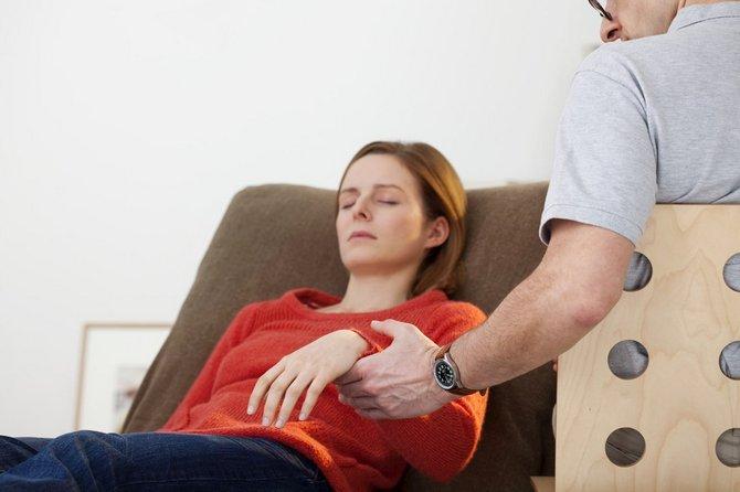 Родинка отваливается: что делать если она отпала, симптомы